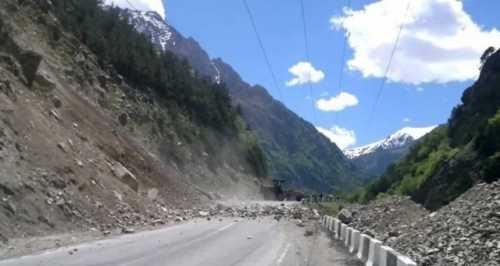 &039;альпинистка в бикини&039; разбилась в горах тайваня